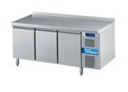 Cool Compact Kühltisch GN 1/1 3-Türen